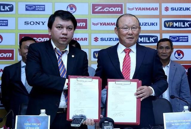 HLV Park Hang Seo chốt ký hợp đồng trước SEA Games 30 - Ảnh 1.