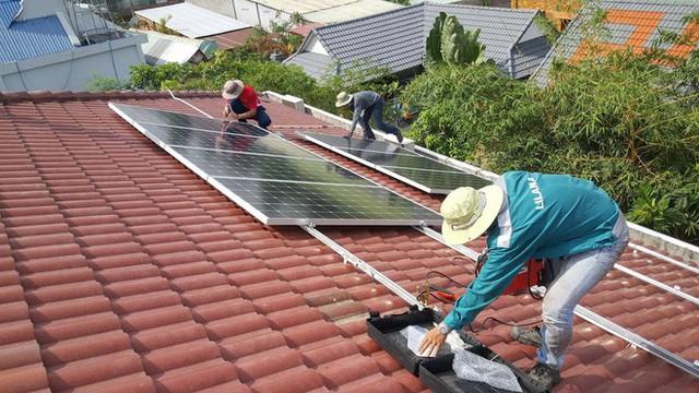 Định đầu tư điện mặt trời cho gia đình? Hãy nắm chắc 5 vấn đề này trước đã - Ảnh 3.