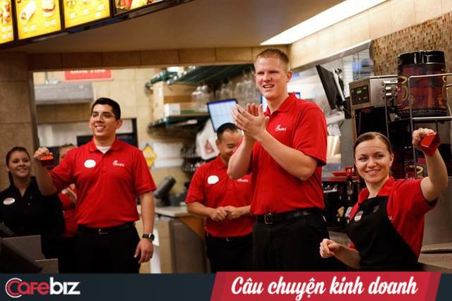 """Nghỉ bán Chủ Nhật nhưng doanh số vẫn gấp 4 lần KFC: Chick-fil-A và chiến lược """"đạp đổ"""" truyền thống nhượng quyền - Ảnh 2."""