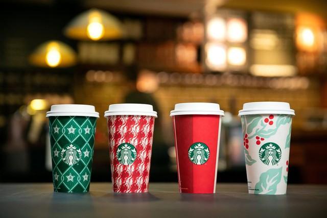 [Chuyện thương hiệu] Những chiếc cốc khiến nhiều người nổi giận của Starbucks - Ảnh 4.