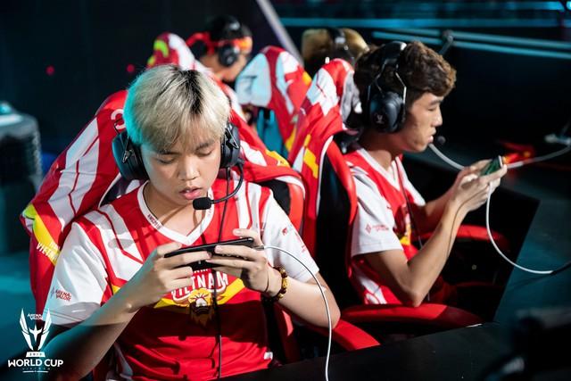 Kỳ tích: Đội tuyển Việt Nam (Team Flash) đánh bại đối thủ mạnh nhất thế giới, đăng quang ngôi vô địch AWC 2019, rinh giải thưởng 4,6 tỉ đồng - Ảnh 7.