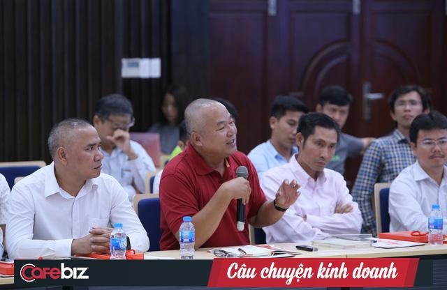 Bộ trưởng Nguyễn Mạnh Hùng: Sứ mạng Việt Nam hùng cường đặt lên vai các doanh nghiệp IT, DN phải làm sản phẩm Make In Vietnam, để phát triển Việt Nam và đi ra toàn cầu - Ảnh 1.