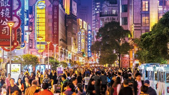 Giao hàng công nghệ: Từ cánh tay phải của thương mại điện tử đến quả bom nổ chậm đe dọa các thành phố lớn trên thế giới - Ảnh 2.