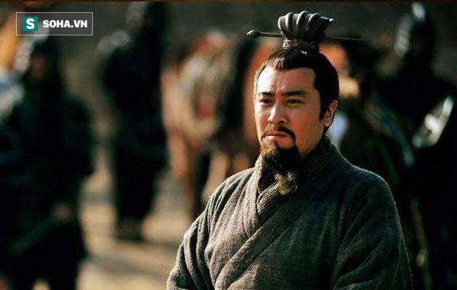 Sự thật phía sau việc nhận con nuôi của Lưu Bị ở Kinh Châu: Chỉ là nước cờ đầy toan tính? - Ảnh 2.