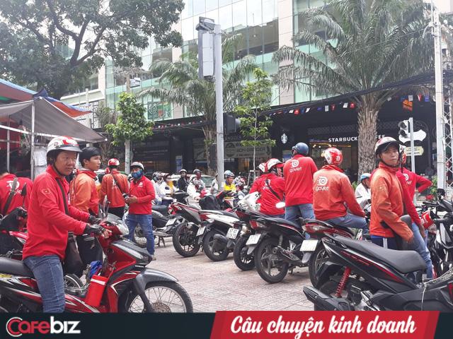 """Hàng trăm tài xế đình công phản đối chính sách của Go-Việt: """"Chúng tôi làm 17-18h/ngày cũng không đủ điểm để đạt mức thưởng đưa ra"""" - Ảnh 5."""