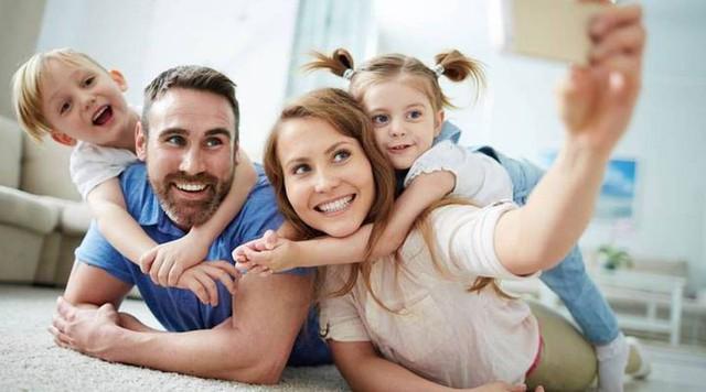5 lý do bạn nên dừng vô tư đăng ảnh con nhỏ lên Facebook - Ảnh 3.