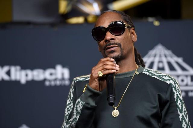 Ông chú Snoop Dogg trong Hãy trao cho anh: Từ thành viên băng đảng xã hội đen khét tiếng đến rapper giàu bậc nhất thế giới, ước mơ khi về già chỉ đơn giản là được đi bán kem - Ảnh 1.