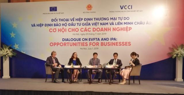 """Chủ tịch EuroCham: """"Chắc chắn sẽ có nhiều doanh nghiệp châu Âu đến Việt Nam"""" - Ảnh 1."""
