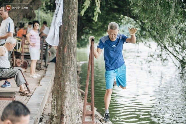 CLB Sắt rỉ Hồ Gươm và câu chuyện tập thể dục như một niềm vui bị nghiện - Ảnh 1.