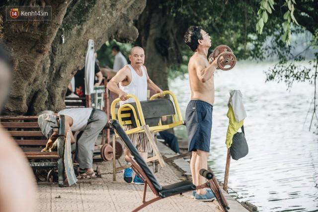 CLB Sắt rỉ Hồ Gươm và câu chuyện tập thể dục như một niềm vui bị nghiện - Ảnh 13.