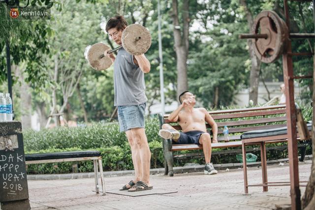 CLB Sắt rỉ Hồ Gươm và câu chuyện tập thể dục như một niềm vui bị nghiện - Ảnh 14.