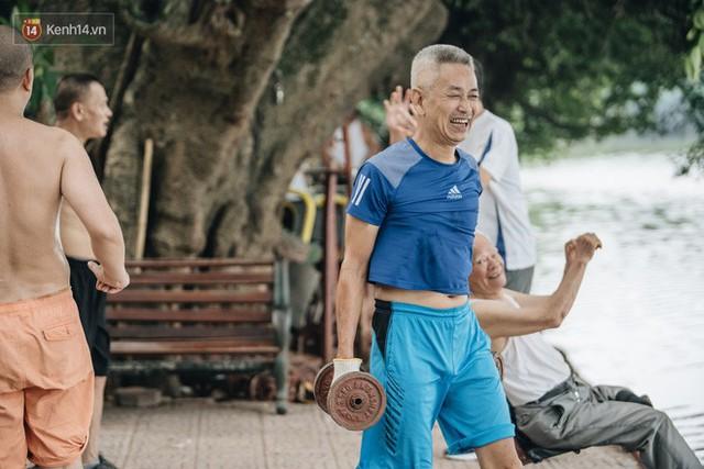 CLB Sắt rỉ Hồ Gươm và câu chuyện tập thể dục như một niềm vui bị nghiện - Ảnh 18.