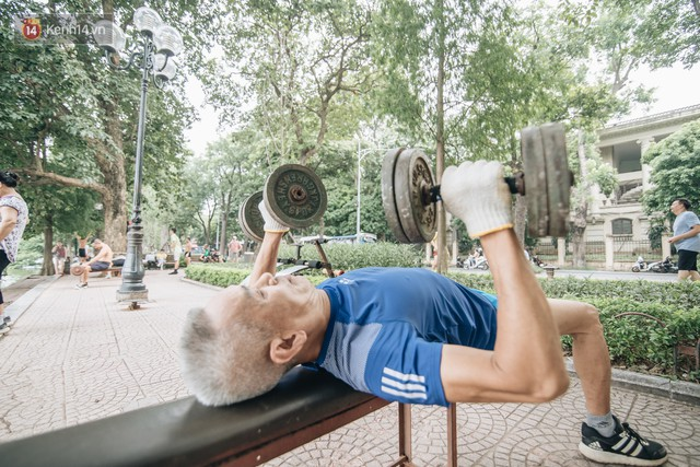 CLB Sắt rỉ Hồ Gươm và câu chuyện tập thể dục như một niềm vui bị nghiện - Ảnh 8.