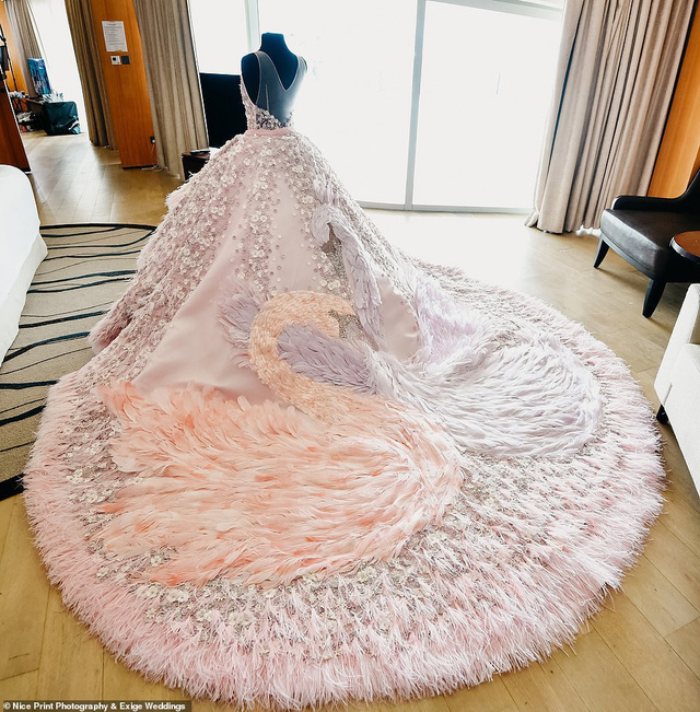 Tiệc sinh nhật xa xỉ gần 700 triệu của ái nữ nhà giàu, khách mời còn được tặng túi Louis Vuitton mang về - Ảnh 9.