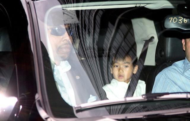 maddox - photo 1 15638555839291369922878 - Maddox: Cậu bé châu Á có 3 cái tên, 3 người bố, được Angelina Jolie chọn giao phó toàn bộ tài sản 2600 tỷ đồng