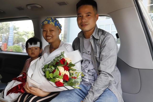 Nhật ký 55 ngày chiến đấu đầy cảm xúc của người mẹ ung thư và con trai: Mong Bình An rồi sẽ bình an! - Ảnh 1.