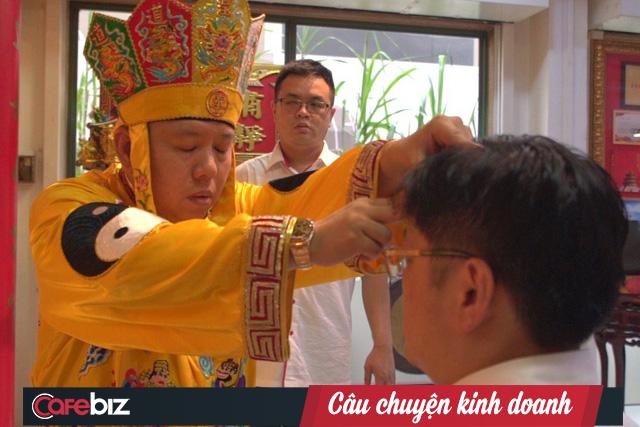 Nghề kinh doanh tâm linh kiếm bộn tiền ở Singapore - Ảnh 2.