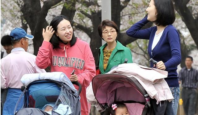 Phụ nữ Hàn Quốc ngày càng chảnh đang khiến nền kinh tế đất nước gặp khó khăn - Ảnh 2.