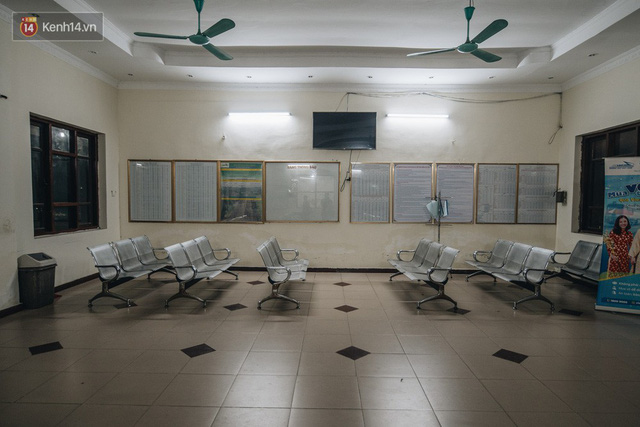 8 giờ trên chuyến tàu kỳ lạ nhất Việt Nam: Rời ga mà không có một hành khách nào - Ảnh 1.
