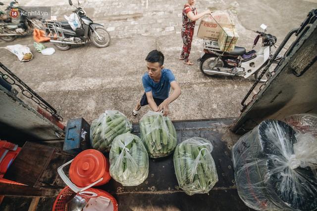 8 giờ trên chuyến tàu kỳ lạ nhất Việt Nam: Rời ga mà không có một hành khách nào - Ảnh 12.