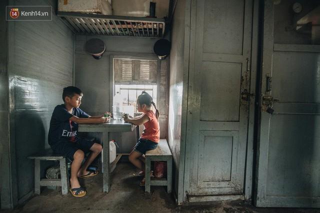 8 giờ trên chuyến tàu kỳ lạ nhất Việt Nam: Rời ga mà không có một hành khách nào - Ảnh 24.