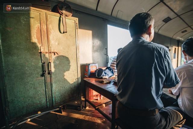 8 giờ trên chuyến tàu kỳ lạ nhất Việt Nam: Rời ga mà không có một hành khách nào - Ảnh 7.