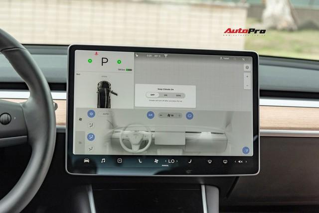 Đánh giá nhanh Tesla Model 3 đầu tiên Việt Nam: 8 điểm thú vị ít ai biết sau mức giá hơn 3 tỷ đồng - Ảnh 14.