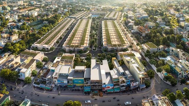 Thị trường bất động sản quận trung tâm TP. HCM chững lại, vùng ngoại ô và tỉnh lẻ hưởng lợi - Ảnh 2.