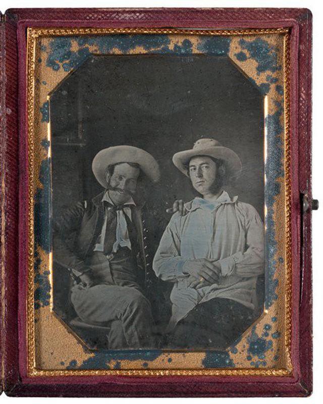 Những bức ảnh hiếm cách đây 170 năm hé lộ lí do khó đỡ vì sao người xưa không mỉm cười khi chụp hình - Ảnh 9.