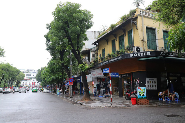 Đắt như đất phố cổ Hà Nội: Có người làm cả đời không mua nổi 1 m2  - Ảnh 3.