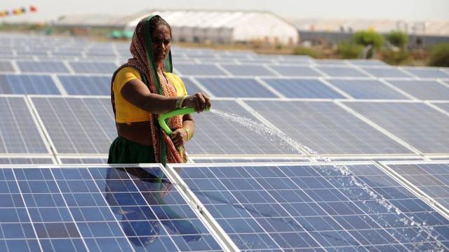 Ấn Độ: Điện mặt trời đối diện khó khăn vì bị từ chối thu mua - Ảnh 1.