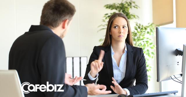 """Bạn bè lợi dụng cái """"ngại"""" của bạn để nhờ vả miễn phí: Cách để nói chuyện tiền bạc với đối phương một cách nho nhã và hiệu quả  - Ảnh 1."""