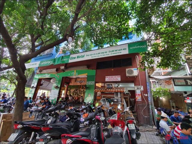 GrabFood mở quán cà phê ở Sài Gòn? - Ảnh 2.