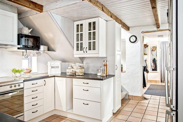 Cải tạo nhà cũ thành ngôi nhà vườn hoàn hảo đáng mơ ước đậm chất Scandinavia - Ảnh 4.