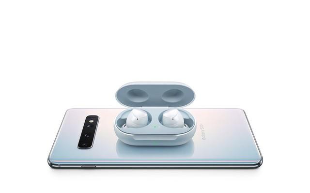 Vì sao Galaxy Note 10 bỏ jack tai nghe 3.5mm là quyết định khôn ngoan của Samsung? - Ảnh 1.