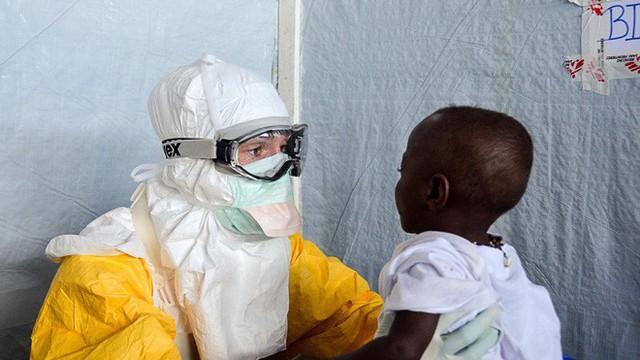 Đột phá: Các nhà khoa học tuyên bố đã chữa được Ebola - Ảnh 1.