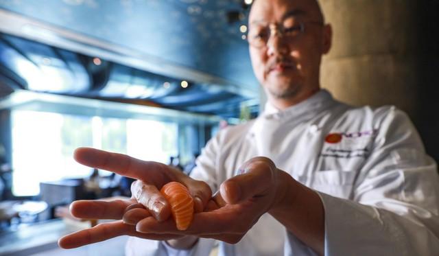 Chuyện lạ: Sushi là món ăn có nguồn gốc từ… Đông Nam Á? - Ảnh 1.