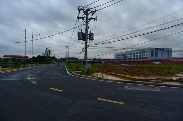 Diện mạo bến xe lớn nhất ở Sài Gòn nhìn từ flycam - Ảnh 14.