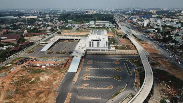 Diện mạo bến xe lớn nhất ở Sài Gòn nhìn từ flycam - Ảnh 4.