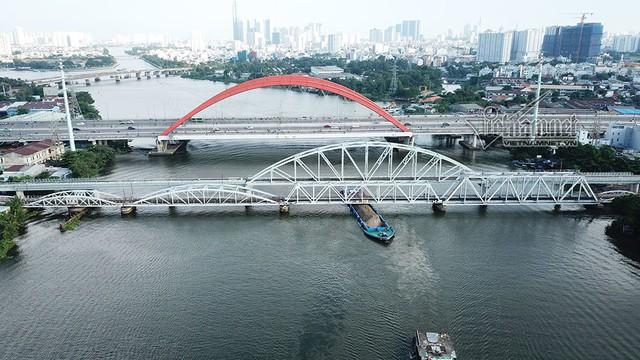 Ngắm từ trên cao cầu đường sắt 117 năm tuổi ở Sài Gòn sắp tháo dỡ - Ảnh 6.