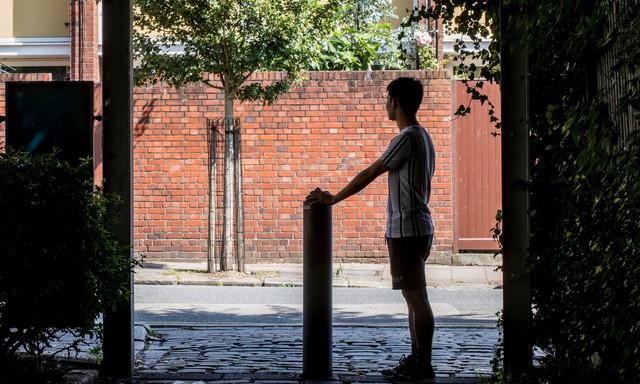 Cuộc đời nô lệ của cậu bé người Việt bị bán sang Anh trồng cần sa: Bị bắt cóc, tấn công tình dục và những sang chấn tâm lý kinh hoàng - Ảnh 2.