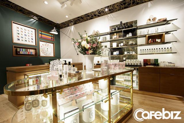 Lấy Đồ Sơn, Tam Đảo làm tên, thương hiệu nước hoa này tạo ra bởi nhà sáng lập mù tịt về mùi hương, được dùng trong đám cưới Hoàng tử Harry  - Ảnh 3.