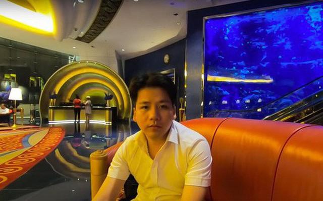 """Khoa Pug thất vọng vì """"đốt tiền"""" không đáng tại khách sạn 7 sao ở Dubai, hướng dẫn viên người Việt chỉ ra điểm làm quá - Ảnh 1."""