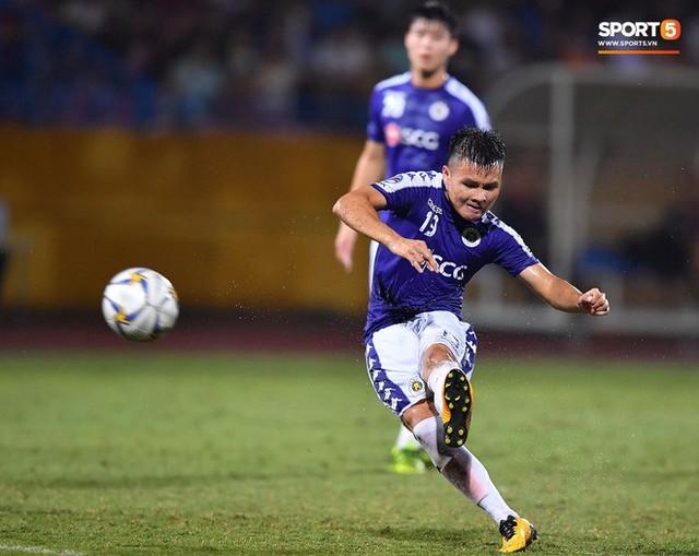 Quang Hải lên thần, ghi liên tiếp hai bàn đẹp mắt ở Cúp châu Á cho Hà Nội FC - Ảnh 4.
