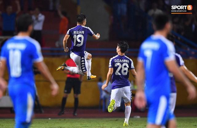 """quang hải - photo 8 15663517902331414095650 - Quang Hải """"lên thần"""", ghi liên tiếp hai bàn đẹp mắt ở Cúp châu Á cho Hà Nội FC"""