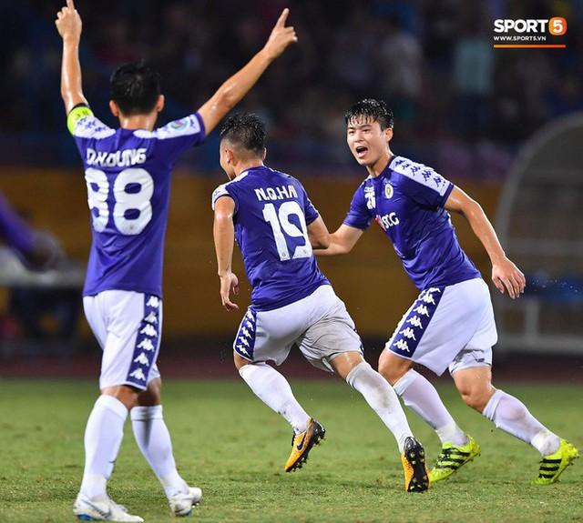 Quang Hải lên thần, ghi liên tiếp hai bàn đẹp mắt ở Cúp châu Á cho Hà Nội FC - Ảnh 10.