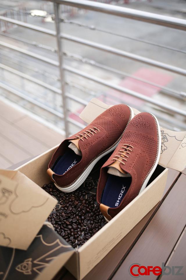 Startup giày ShoeX hậu Shark Tank mùa 2: Làm giày từ bã cà phê và chai nhựa tái chế, giúp khử mùi, kháng khuẩn, chặn tia UV, không thấm nước, cạnh tranh sòng phẳng với Nike, Adidas... - Ảnh 2.