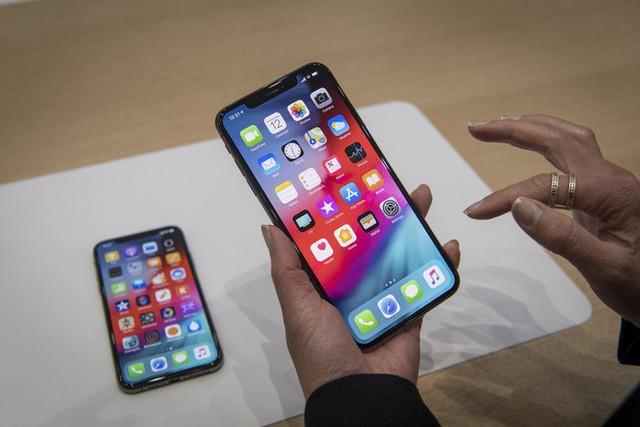 Tất tật thông tin về bộ 3 iPhone, iPad, Mac sắp ra mắt của Apple: tập trung vào camera, chỉnh sửa video ngay trên điện thoại, copy tính năng sạc ngược của Samsung - Ảnh 1.