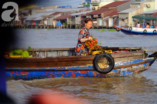 Về Cần Thơ dập dềnh ăn bún, uống cà phê di động trên chợ nổi Cái Răng còn được khuyến mãi câu hò ngọt lịm của miền sông nước - Ảnh 11.