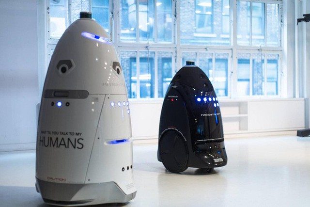 Đã tìm ra nghi phạm khiến cho robot tuần tra buộc mình phải tự tử - Ảnh 4.